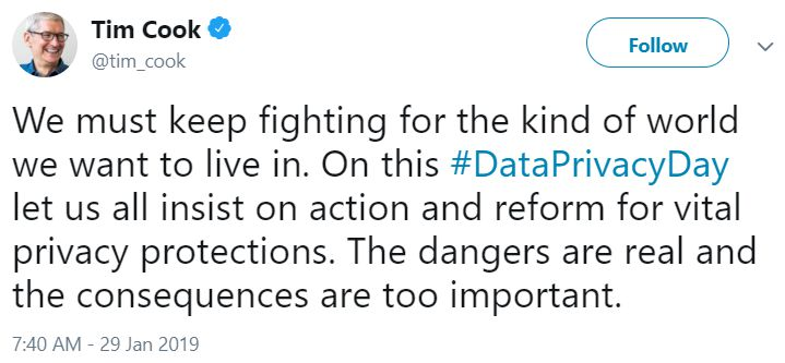 Tim Cook tweeting about Privacy